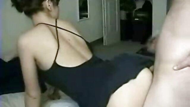 Հաուսոֆգորդը ՝ տուգանայինով գյուղական աղջիկ սեքս